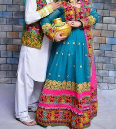 pinterest @Nk.    Afghan clothes https://www.zarinas.com/