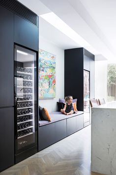 Vintec wine fridge - Lit from within, adding another element of sophistication to the slick kitchen at night. Place next to food fridge. Home Interior, Interior Design Kitchen, Interior Styling, Interior Architecture, Bulthaup B1, Casa Milano, Estilo Colonial, Cocinas Kitchen, Victorian Terrace