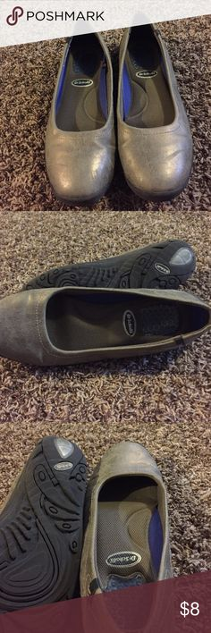 Silver/ beige dr. scholl flats These size 9 Dr. scholl flats are comfy and cute! The shoes have no noticeable wear. They have Dr. Scholl inserts that can come out of the shoe. Shoes Flats & Loafers