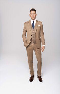 Men In Kilts, Kilt Men, Men's Business Outfits, Suit Combinations, Blue Suit Men, Suit Shoes, Elegant Man, Groom Style, Cool Suits