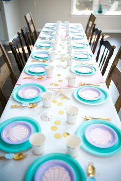 Guest tablescape from a Pastel Mermaid Birthday Party on Kara's Party Ideas | http://KarasPartyIdeas.com (17)
