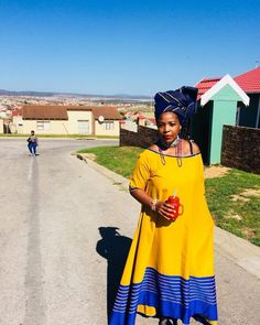 Pedi Traditional Attire, Traditional Fashion, Traditional Outfits, Traditional Wedding, African Lace Styles, Short African Dresses, African Print Dresses, Xhosa Attire, African Attire