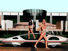 Vintage photos of space-age concept cars paired with hot chicks from the 60s and 70s | Dangerous Minds