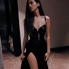 Aesthetic Women, Aesthetic Clothes, Look Fashion, Fashion Outfits, Womens Fashion, Evening Dresses, Prom Dresses, Cindy Kimberly, Pretty Dresses