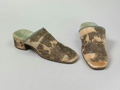 1710 - 1720's Great Britain Shoes made of Leather Sole & Heel, with Brocaded Silk Uppers