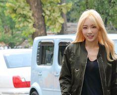 @309KTYSS 150911 KBS Music Bank by 3 (kate_1548) https://i.imgur.com/XaflTN9.jpg  #Taeyeon #태연