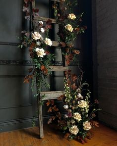 Bellwood Blooms offers garden inspired floral designs for weddings & events in Toronto & surrounding areas. Deco Floral, Floral Design, Wedding Centerpieces, Wedding Decorations, Beach Wedding Flowers, Stairway To Heaven, Toronto Wedding, Ladder Decor, Floral Arrangements
