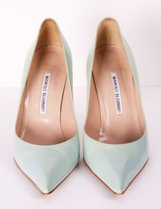manolo blahnik is another famed coveted shoe designer. the subdued feel of the pastel blueish/teal color is contrasted by the edge/statement that the pointed toe gives. Shoe Boots, Shoes Sandals, Shoe Bag, Manolo Blahnik Heels, Dream Shoes, Shoe Collection, Me Too Shoes, Fashion Shoes, Girl Fashion