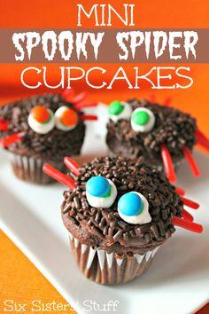 Mini Spooky Spider Cupcakes on MyRecipeMagic.com