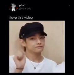 Bts Bangtan Boy, Bts Taehyung, Bts Boys, Bts Memes Hilarious, Bts Funny Videos, Taekook, K Pop, Vkook Memes, V Video