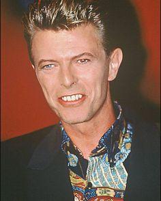 Jsem jediná komu takhle připomíná Edwarda ze Stmívání?#David#Bowie#DavidBowie#bowieisourstar