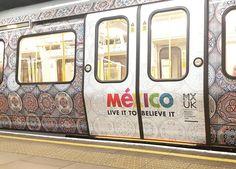Please Mind The Gap #underground #towerhill #HnCline #unilife #train #tube #pleasemindthegap #betweenthetrainandtheplatform #artwork #zelijprint #zelij #ihavethisthingwithzelij #mexico by _umvxr