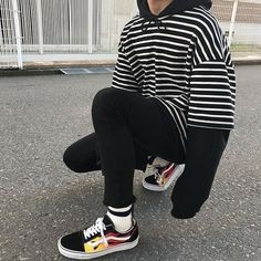 ** New Streetwear Daily ** Neue Outfits, Edgy Outfits, Grunge Outfits, Cool Outfits, Fashion Outfits, Sport Outfits, Fashion Mode, Aesthetic Fashion, Aesthetic Clothes