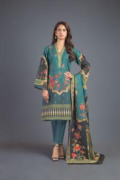 Dress With Shawl, Dress Up, Latest Fashion Trends, Fashion Brands, Semi Formal Wear, Cashmere Shawl, Pashmina Shawl, Fast Fashion, Winter Dresses
