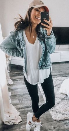 30 Pretty Fall Outfits For Women In 2019 – Muah Club Outfits 2019 Outfits casual Outfits for moms Outfits for school Outfits for teen girls Outfits for work Outfits with hats Outfits women Leggins Casual, Outfits Leggins, Overalls Outfit, Summer Leggings Outfits, Denim Overalls, Denim Jeans, Spring Outfit Women, Cute Spring Outfits, Cute Casual Outfits