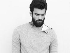 El único artículo que tienes que leer para conseguir la mejor barba posible Investigamos en nuestro archivo histórico y consultamos a los expertos barberos de Lucas MonteEsquinza 36. http://www.revistagq.com/articulos/barba-cuidados-afeitado-tendencia/17761