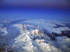 氏はガルシアはフィレンツェにパリから飛行中に「高山の夕日」の、この写真を取った。 彼は、気象学、航空の本を説明するために画像の多くを使用しています