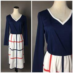 Vintage Dresses 50s, 1970s Dresses, Vintage 70s, Day Dresses, 70s Fashion, Vintage Fashion, Patriotic Dresses, Shirtwaist Dress, Colorblock Dress