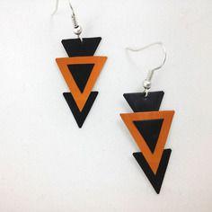 Boucles d'oreille triangles oranges et noirs en capsules de café nespresso