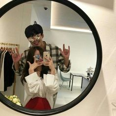 ulzzang best friends boy and girl funny Mode Ulzzang, Korean Ulzzang, Ulzzang Girl, Couple Goals, Cute Couples Goals, Teen Couples, Funny Couples, Cute Couple Pictures, Best Friend Pictures