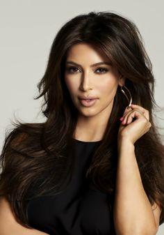Kim Kardashian Photos serie 38 – Picture of Kim Kardashian: Hair Styles 2014, Hot Hair Styles, Messy Hairstyles, Straight Hairstyles, Burgendy Hair, Gorgeous Hair, Beautiful, Pretty Hair, Playing With Hair