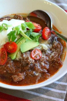 Mexican Slow Cooked Beef Chilli, thermomix Making this right now…smells amazing! Slow Cooked Chilli, Slow Cooked Meals, Slow Cooker Recipes, Crockpot Recipes, Cooking Recipes, Healthy Recipes, Savoury Recipes, Lchf, Beef Dishes