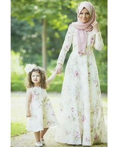 """""""My Mother and I go for a walk. Mommy Daughter Dresses, Little Girl Dresses, Flower Girl Dresses, Dresses For Work, Mother Daughters, Muslim Fashion, Hijab Fashion, Mom Fashion, Maxi Outfits"""