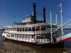 Spirit of Peoria docked in Alton