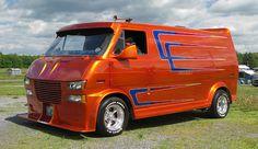 Visions, custom Mid Ford Van
