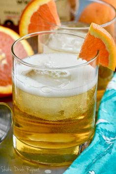 This Desert Wasteland Whiskey Cocktail is the perfect flavors of orange and whisky! So delicious, you& want to make it all the time! Whisky Cocktail, Bourbon Cocktails, Whiskey Drinks, Cocktail Recipes, Whiskey Sour, Fireball Drinks, Pink Cocktails, Cocktail Drinks, Pink Lemonade Vodka