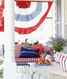 red, white, and blue bunting made of fabric and a tension rod (from country living) Patriotic Bunting, Blue Bunting, Patriotic Party, Patriotic Crafts, July Crafts, Diy 4th Of July Bunting, Diy Bunting, Patriotic Quilts, 4th Of July Party