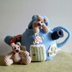 Bears & Teapot House by Tilda & Filur crochet pattern $5.00 on Amigurumipatterns.net at http://www.amigurumipatterns.net/shop/Tilda-and-Filur/bears-and-teapot-house/