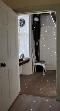 So easy-so cool! Mirror balls in a bowl in a window....little sparklies everywhere!
