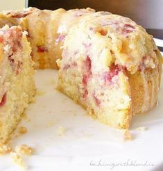 Fresh Strawberry Yogurt Cake Recipe from A Spicy Perspective 1 cup sticks) butter, softened 2 cups sugar 3 eggs 3 Tb. lemon juice, divided Zest of 1 lemon 2 ½ cups all-purpose flour, divided ½ tsp. Desserts Keto, Brownie Desserts, No Bake Desserts, Just Desserts, Delicious Desserts, Dessert Recipes, Baking Desserts, Strawberry Yogurt Cake, Lemon Yogurt