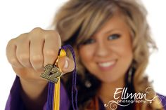 outdoor senior picture ideas for girls - Google Search