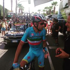 2015 Vuelta a España Stage 2.  Vincenzo Nibali pre race.  Photo: Estela Farah