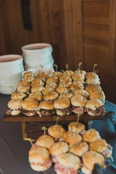 15 Delicious Southern Wedding Food Ideas   Abby\'s wedding ...