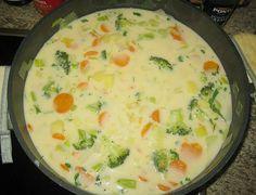 Claudis Kartoffel - Gemüse - Käsesuppe, ein beliebtes Rezept aus der Kategorie Eintopf. Bewertungen: 60. Durchschnitt: Ø 4,6.