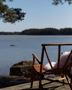 Seascape // Seaview // Finnish archipelago // Outdoor // Terrace //  Photo: Pala saaristoa Nordic Home, Xiamen, Archipelago, Island Life, Coastal Living, Scandinavian Design, Old And New, Sun Lounger, Terrace