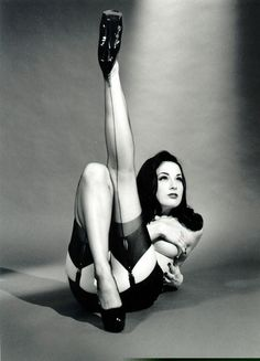 Burlesque is a style I admire very much!