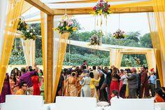View photo on Maharani Weddings http://www.maharaniweddings.com/gallery/photo/115958