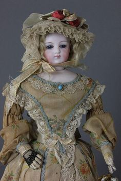14'' LOVELY FRENCH FASHION DOLL - by McMasters Harris Appletree Doll Auctions
