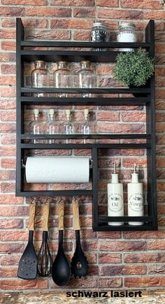 Spice rack made of old wood with kitchen roll! 4 hooks, without decoration, very stable, with kitchen roll Kitchen Pantry Design, Kitchen Rack, Diy Kitchen Storage, Home Decor Kitchen, Kitchen Furniture, Kitchen Interior, Diy Furniture, Diy Home Decor, Kitchen Organization