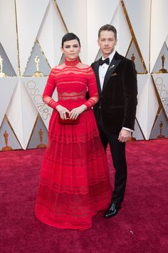 Ginnifer Goodwin and Josh Dallas arrives on the red carpet of The 89th Oscars® at the Dolby® Theatre in Hollywood, CA on Sunday, February 26, 2017. #4ChionStyle #Oscars #Redcarpet #fashion