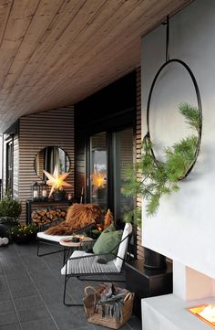 ideas backyard porch decorating potted plants for 2019 Small Terrace, Small Backyard Gardens, Backyard Patio, Rooftop Garden, Yard Landscaping, Landscaping Ideas, Outdoor Rooms, Outdoor Living, Outdoor Decor