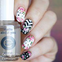 Decoración de uñas con rosas al pincel - Twin nails