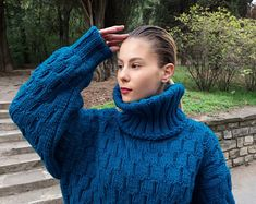 2-3 kg gemacht zu bestellen-Hand gestrickten Pullover | Etsy Hand Knitted Sweaters, Cool Sweaters, Winter Sweaters, Cardigans For Women, Coats For Women, Jackets For Women, Mohair Yarn, Mohair Sweater, Handgestrickte Pullover
