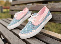 zapatos casuales zapatillas de deporte de los zapatos de lona flora  Precio: $ 84.000  Tallas: 4 . 5 . 6 . 7 . 8