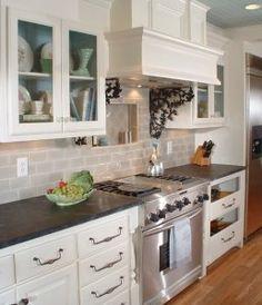 New Kitchen Tile Black Counter Tops Ideas Updated Kitchen, New Kitchen, Kitchen Interior, Kitchen Dining, Kitchen Decor, 10x10 Kitchen, Awesome Kitchen, Cheap Kitchen, Kitchen Backsplash