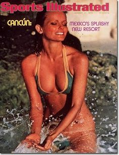 Model Cheryl Tiegs poses for the 1975 Sports Illustrated Swimsuit issue on November 1974 in Cancun, Mexico. COVER Get premium, high resolution news photos at Getty Images Laetitia Casta, Natalia Vodianova, Claudia Schiffer, Cindy Crawford, Heidi Klum, Sports Illustrated Swimsuit Covers, Sports Ilustrated, Si Cover, Cheryl Tiegs